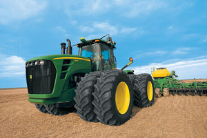 John Deere 9030er Series equipped with Cleanfix reversible fan | © John Deere GmbH & Co. KG
